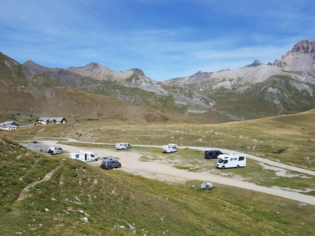 stellplatz panorama französische alpen